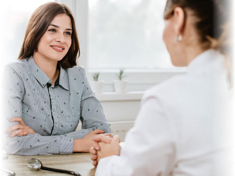 doctor meeting with client